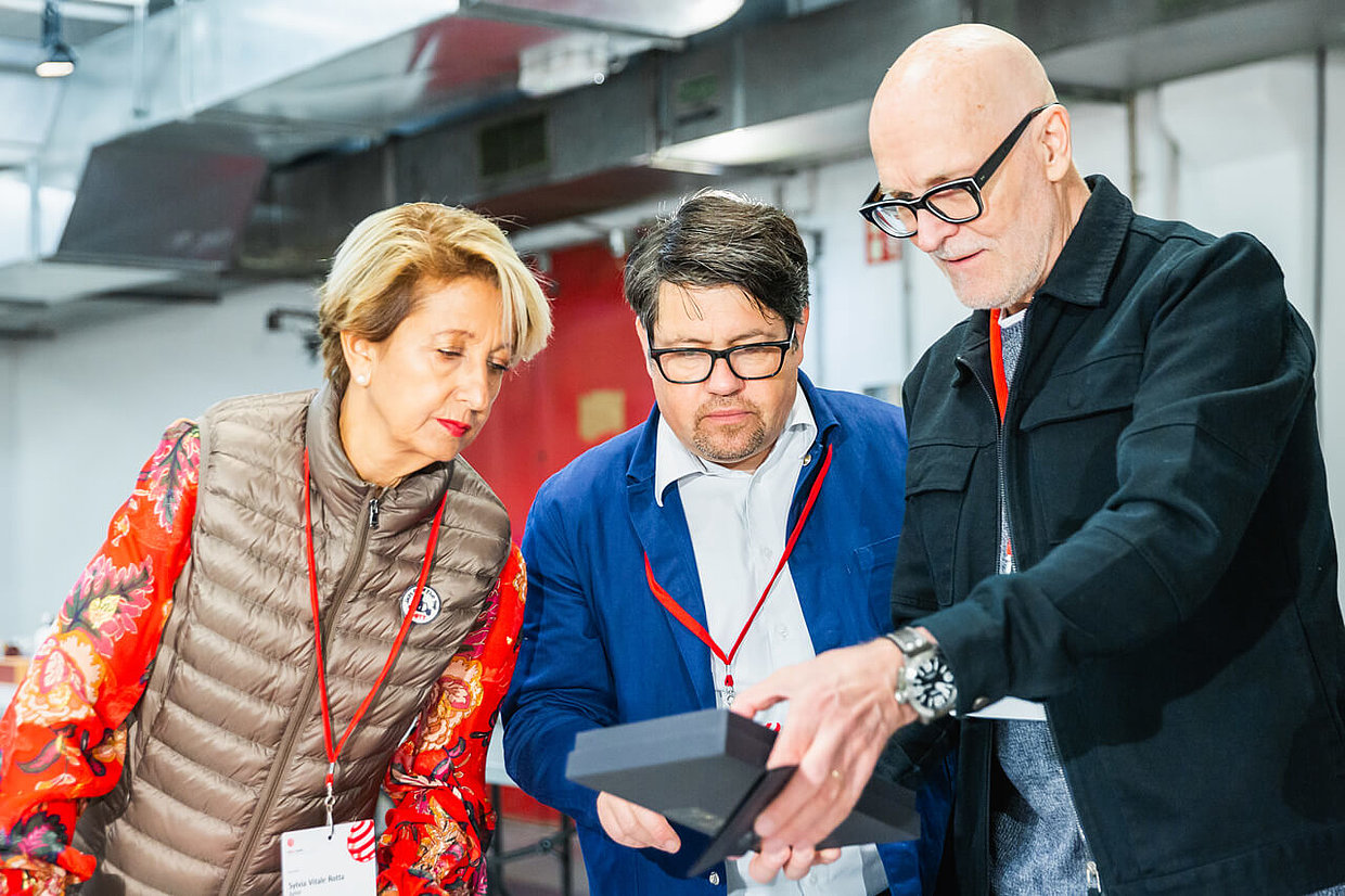 Red Dot jurors Sylvia Vitale Rotta, Uwe Melichar and Renne Angelvuo (from left to right)
