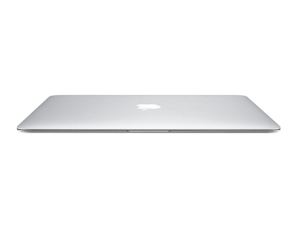 "13"" MacBook Air | Red Dot Design Award"