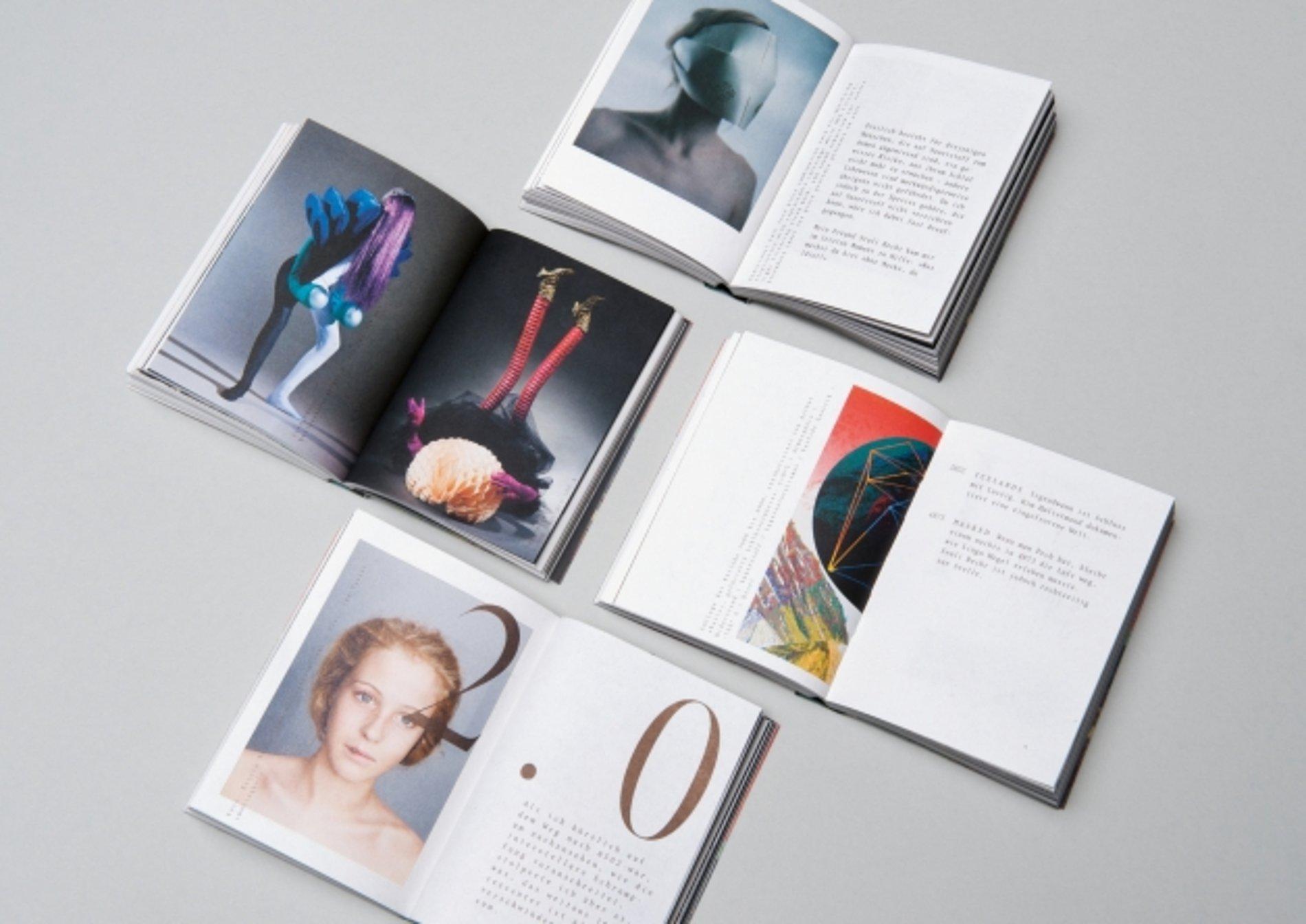 BX22 – Über Zeitreisen   Red Dot Design Award
