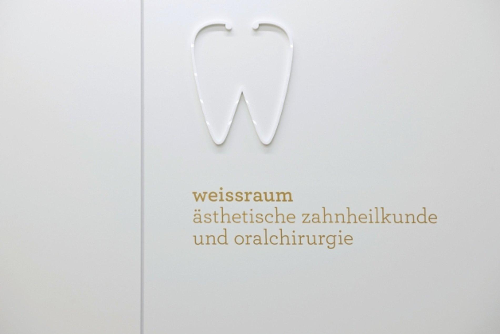 weissraum Dental Surgery | Red Dot Design Award
