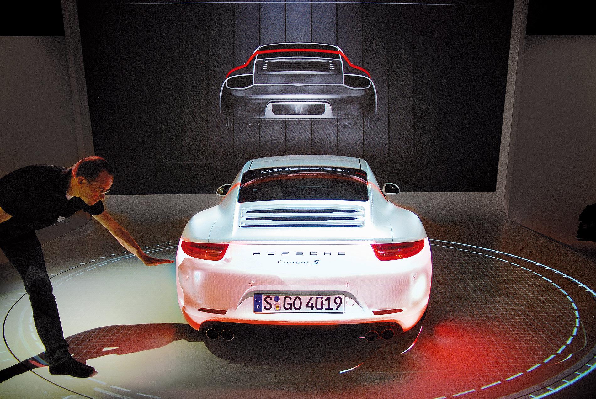 Press Launch  Porsche 911 USA   Red Dot Design Award