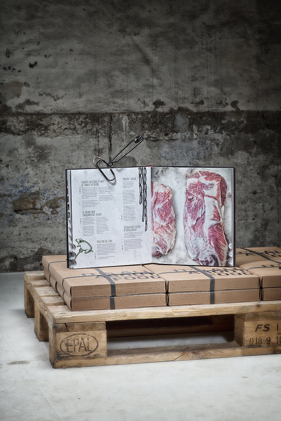 125 Years of Food History Danish Crown Annual Report 2011/12 | Red Dot Design Award