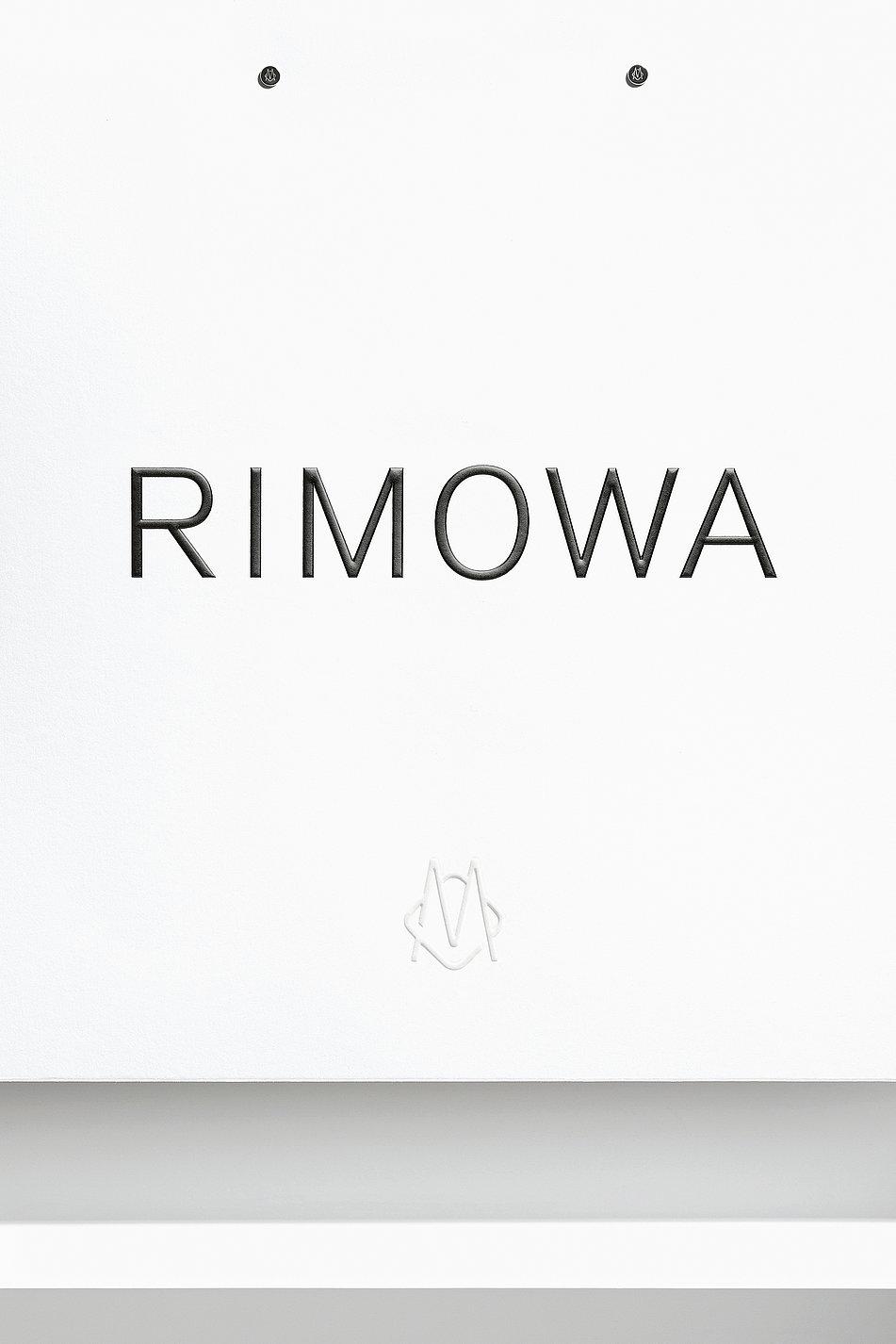 RIMOWA | Red Dot Design Award