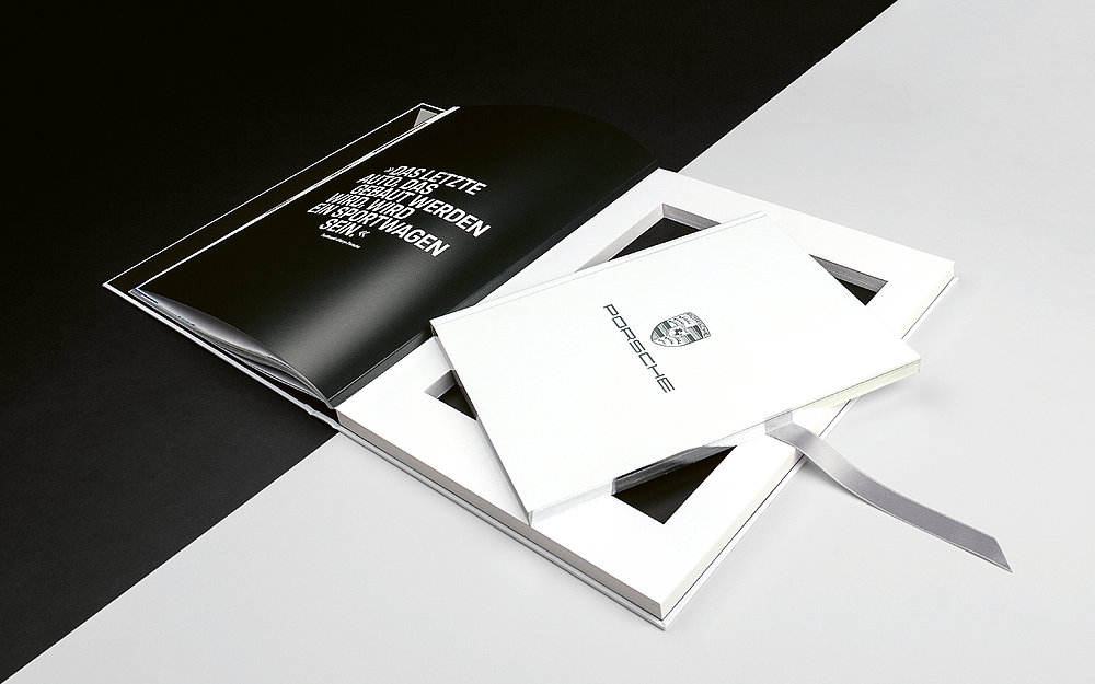 Porsche Brand Book | Red Dot Design Award