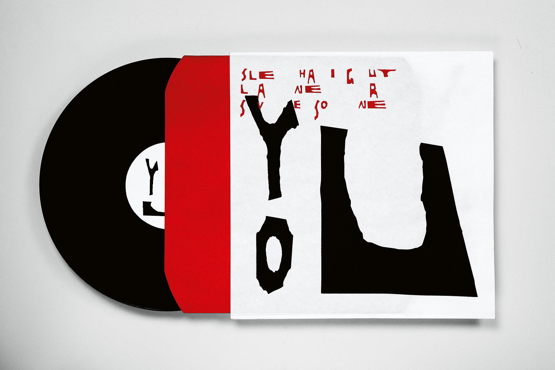 Psychedelic Font | Red Dot Design Award