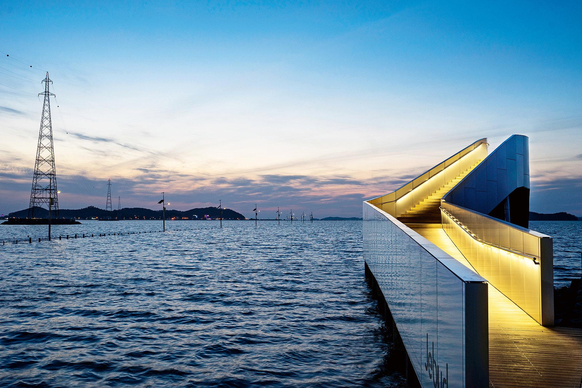 WaterWalk | Red Dot Design Award