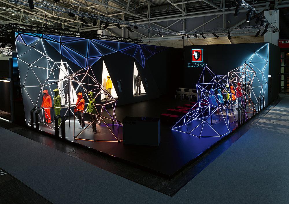 BLACKYAK Fair Stand ISPO 2018 | Red Dot Design Award