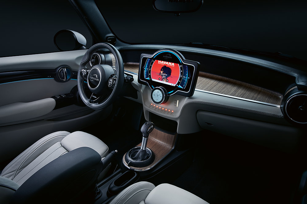 CES 2018 Mini Cooper – Entry Digital Cockpit | Red Dot Design Award