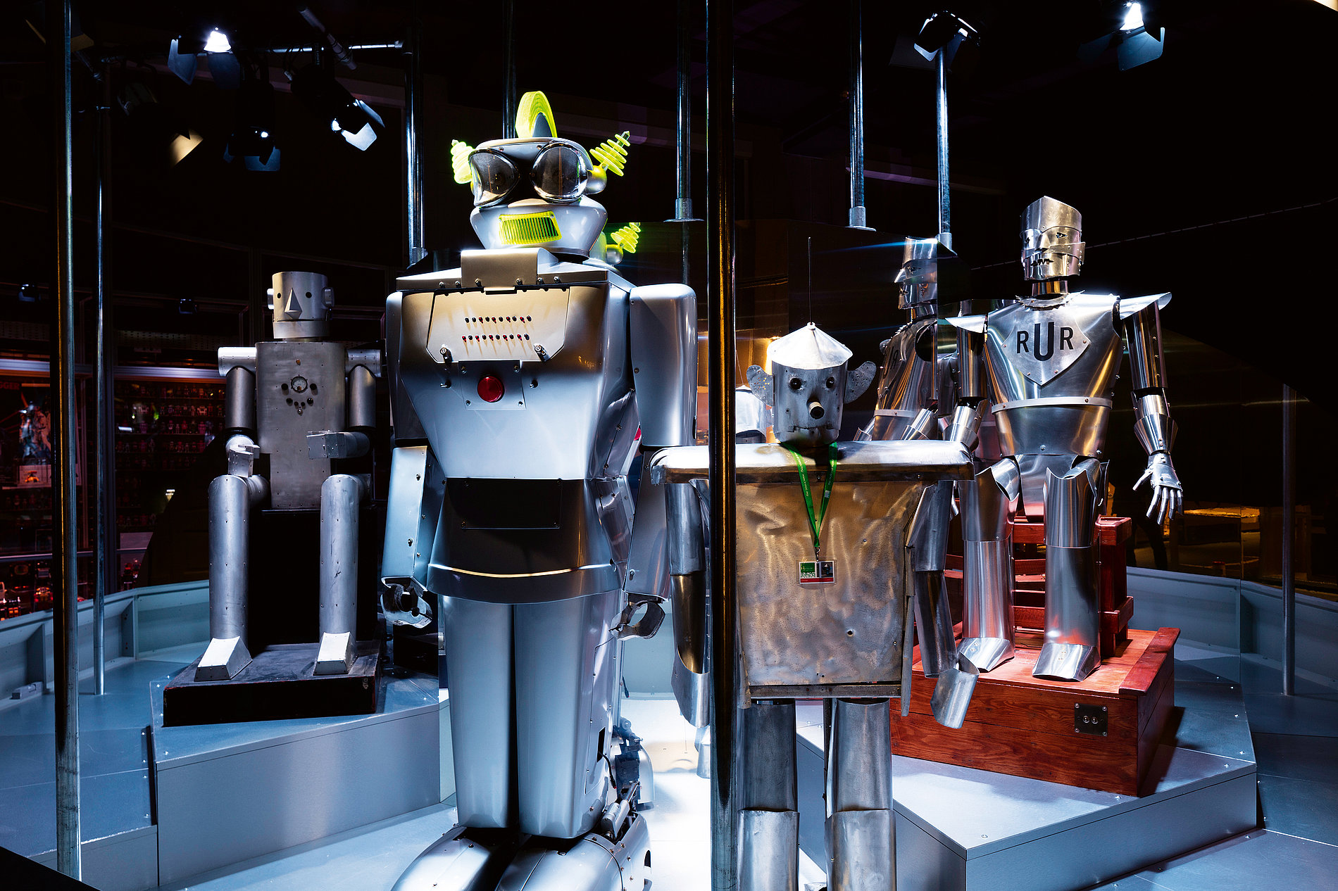 Robots Exhibition Soundscape | Red Dot Design Award
