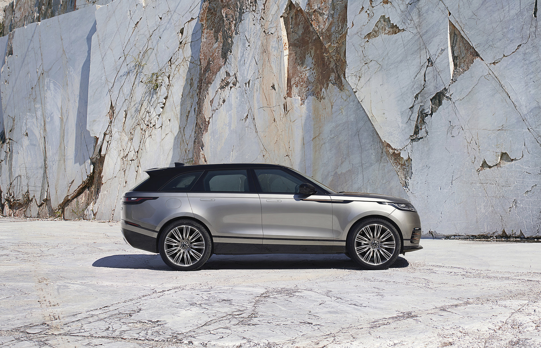 Range Rover Velar | Red Dot Design Award