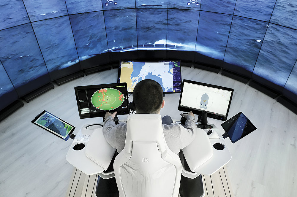 Sisu Remote Control Station | Red Dot Design Award