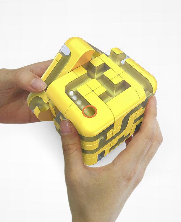 Maze Cube   Red Dot Design Award