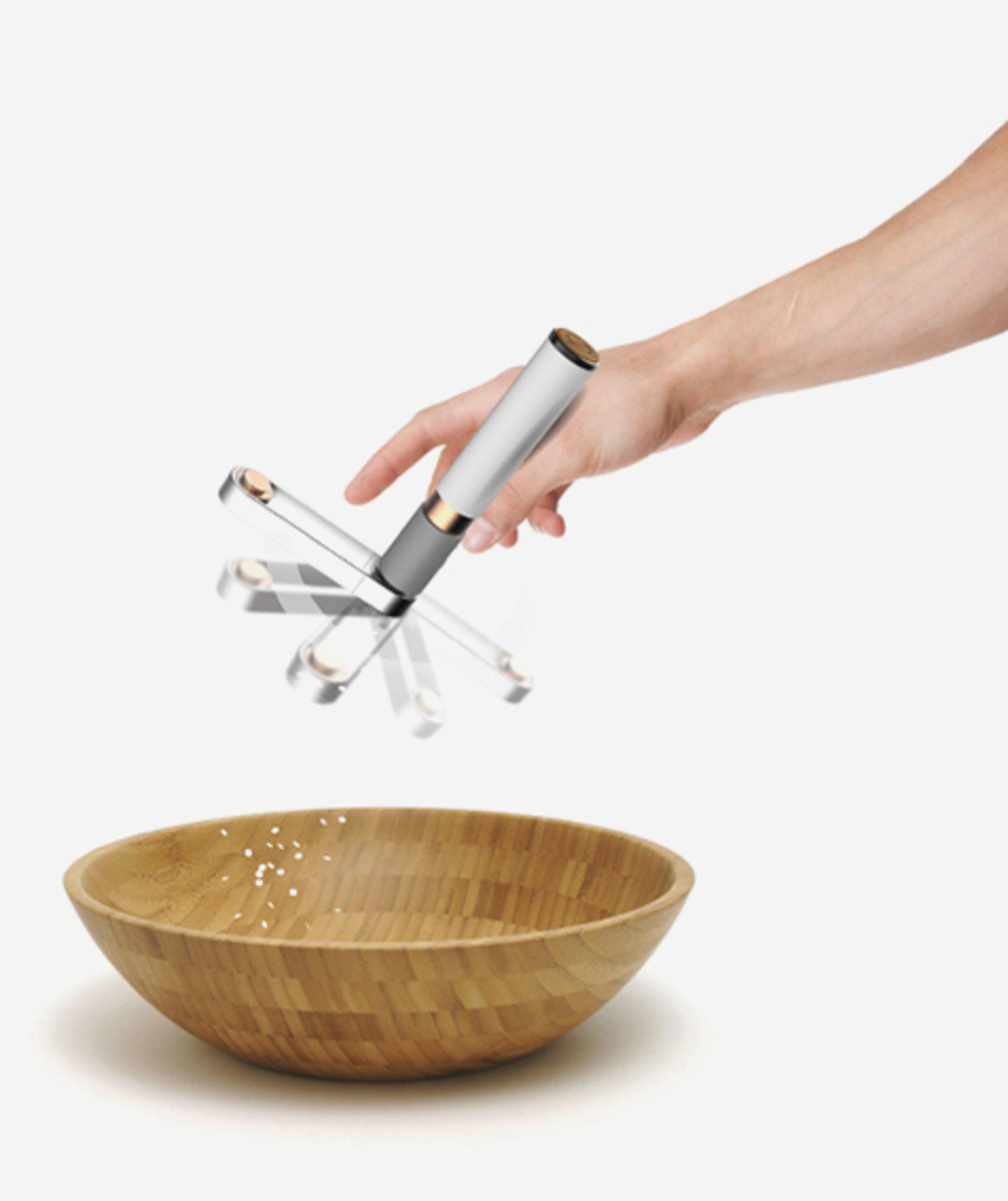 PIPERINE & CRYSTALLINE - Centripetal Spice Grinder Set   Red Dot Design Award