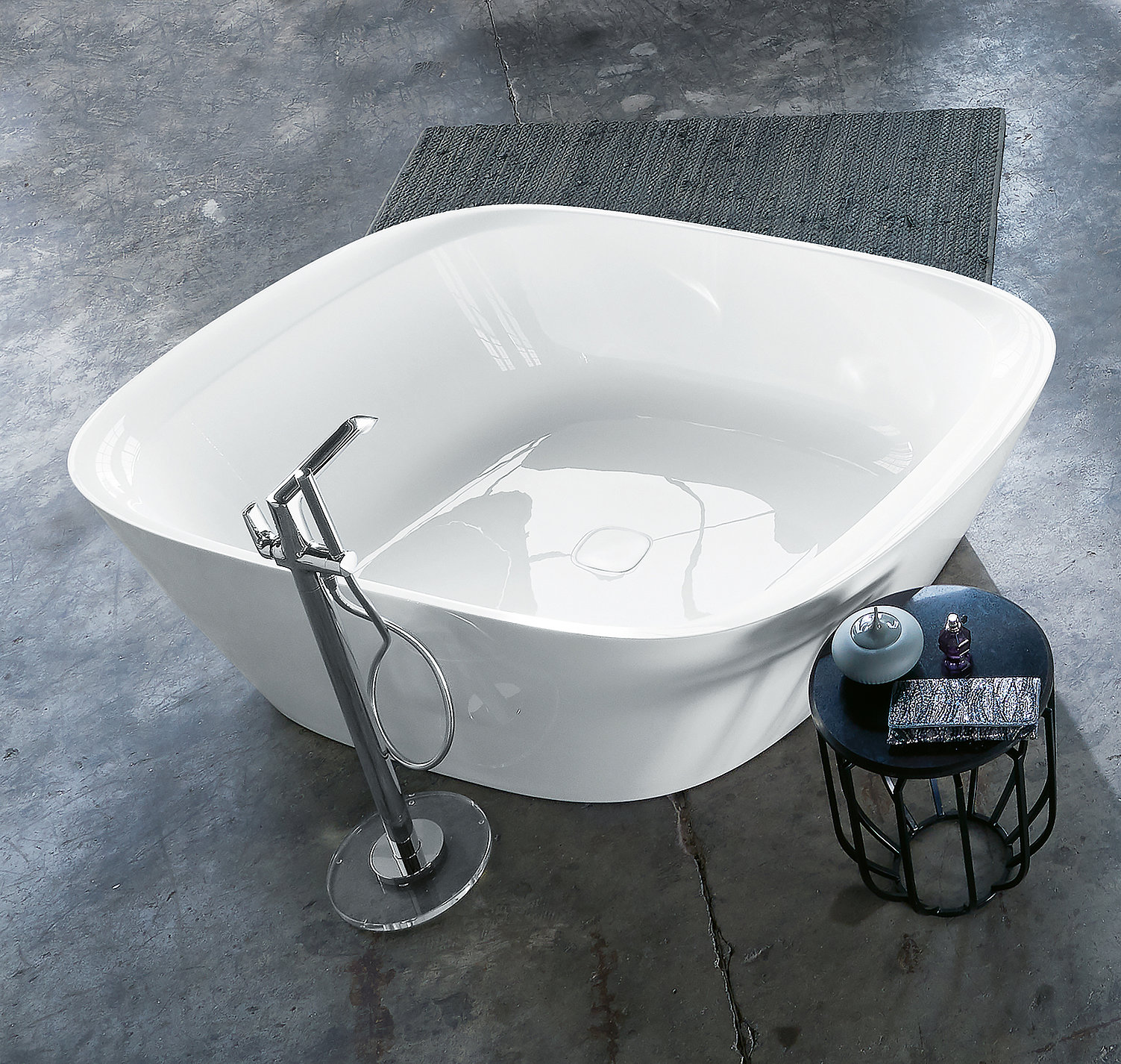VIGOUR vogue asymmetric bathtub   Red Dot Design Award