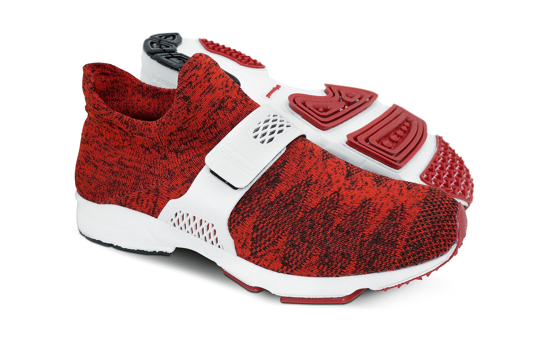 gripmore Socks Upper Sneaker | Red Dot Design Award