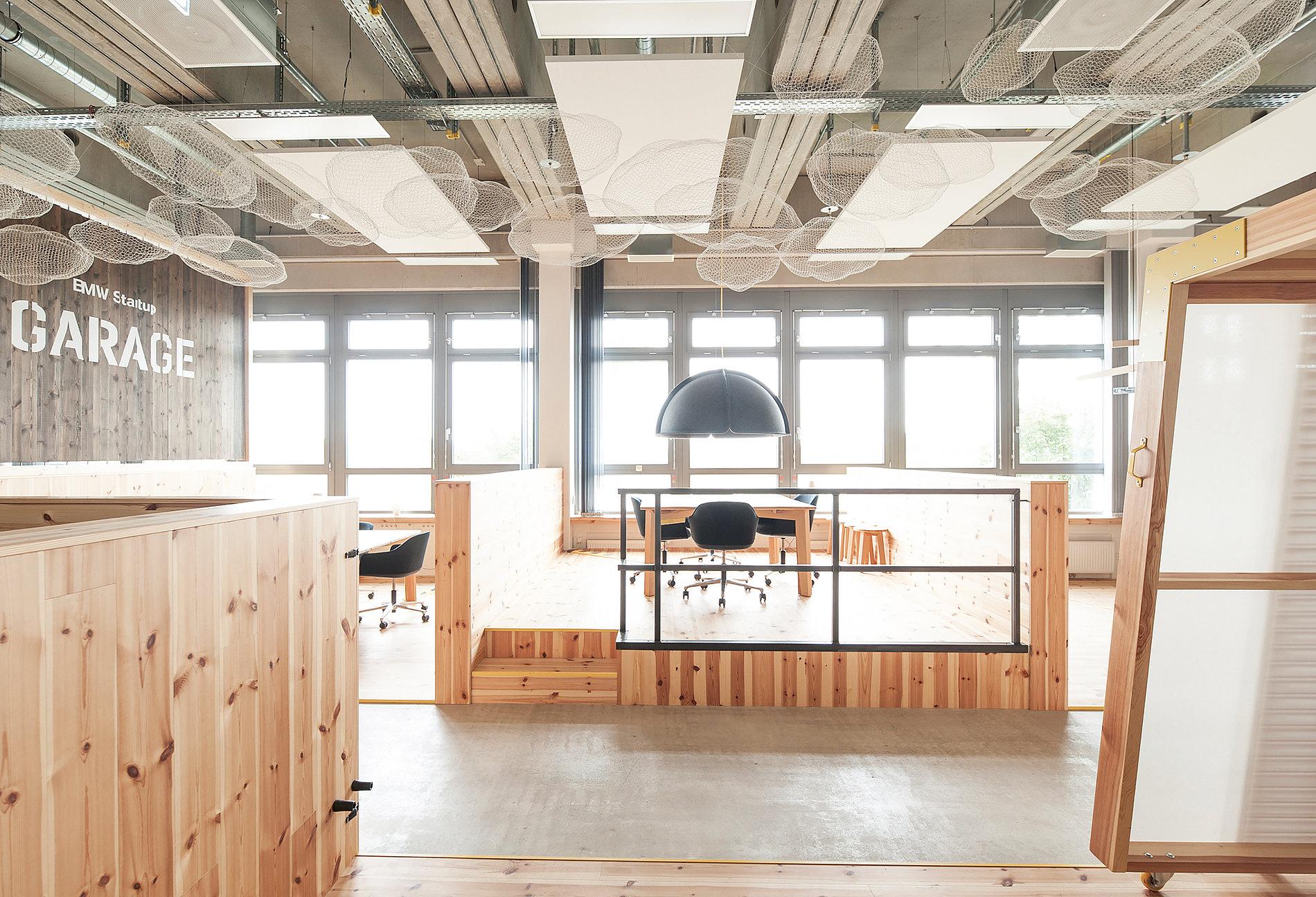 BMW Startup Garage | Red Dot Design Award