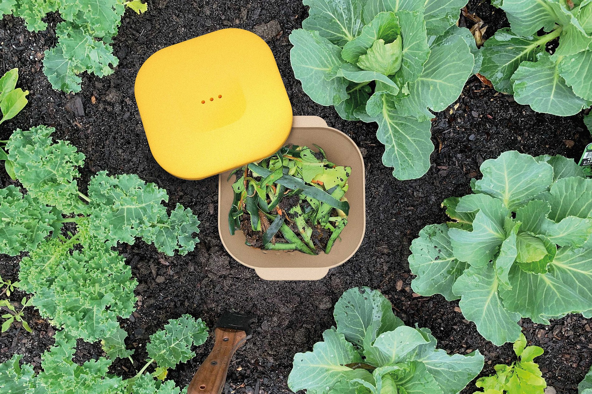 Yield Worm Compost System | Red Dot Design Award