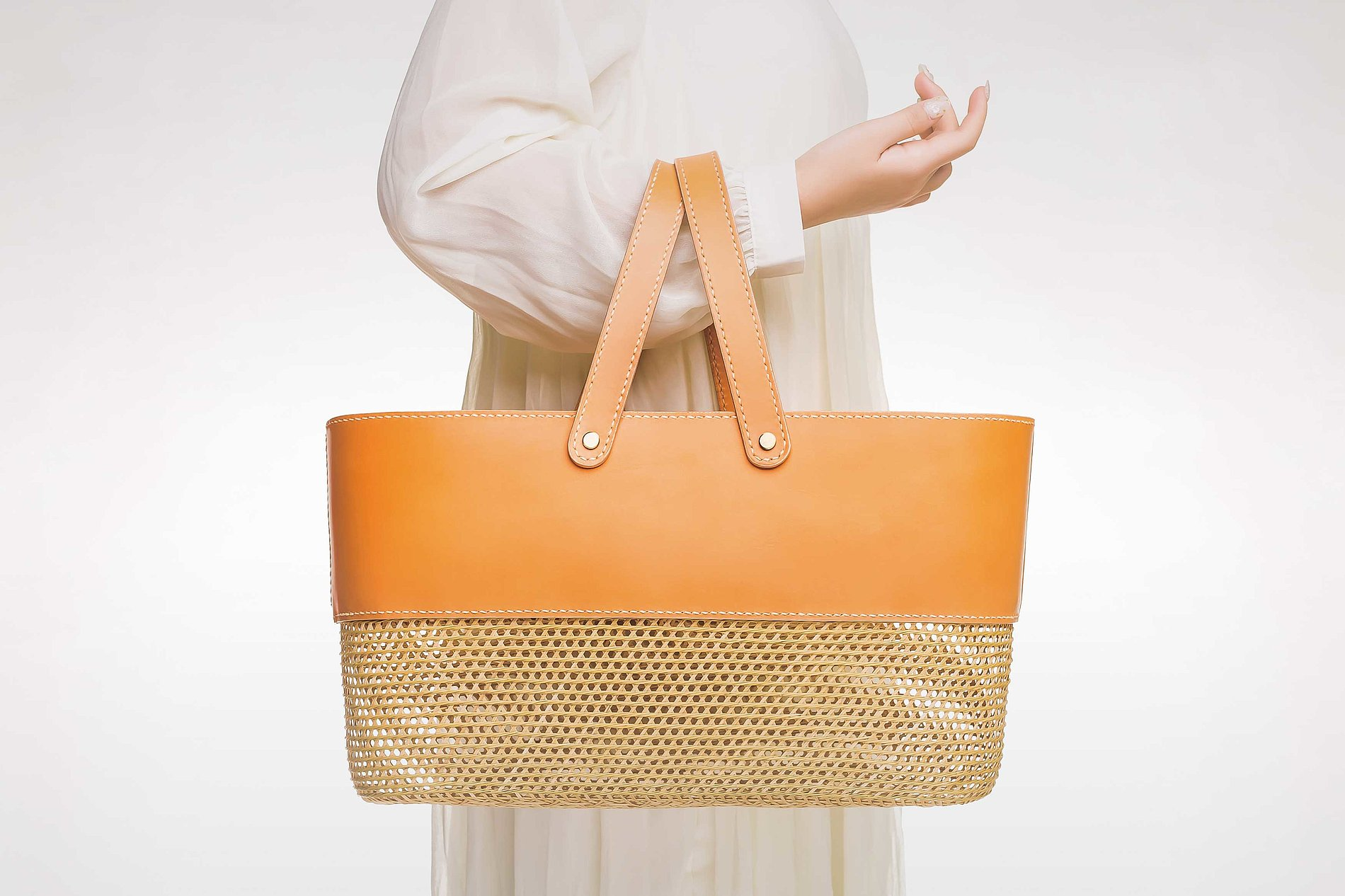 Bamboo & Leather Bag | Red Dot Design Award