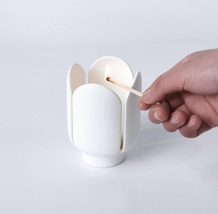 Flower Candlestick | Red Dot Design Award