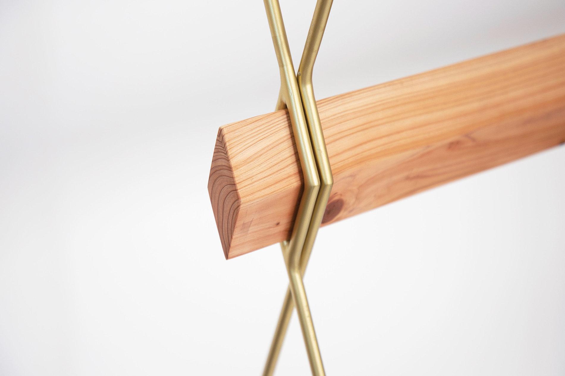 Butterfly Hanger | Red Dot Design Award