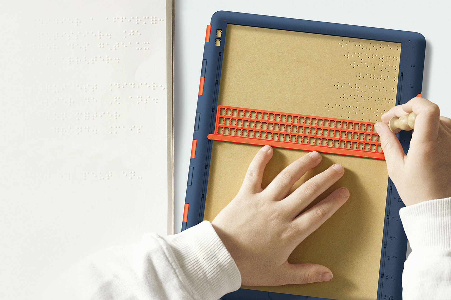 Barrier-Free Braille Board | Red Dot Design Award