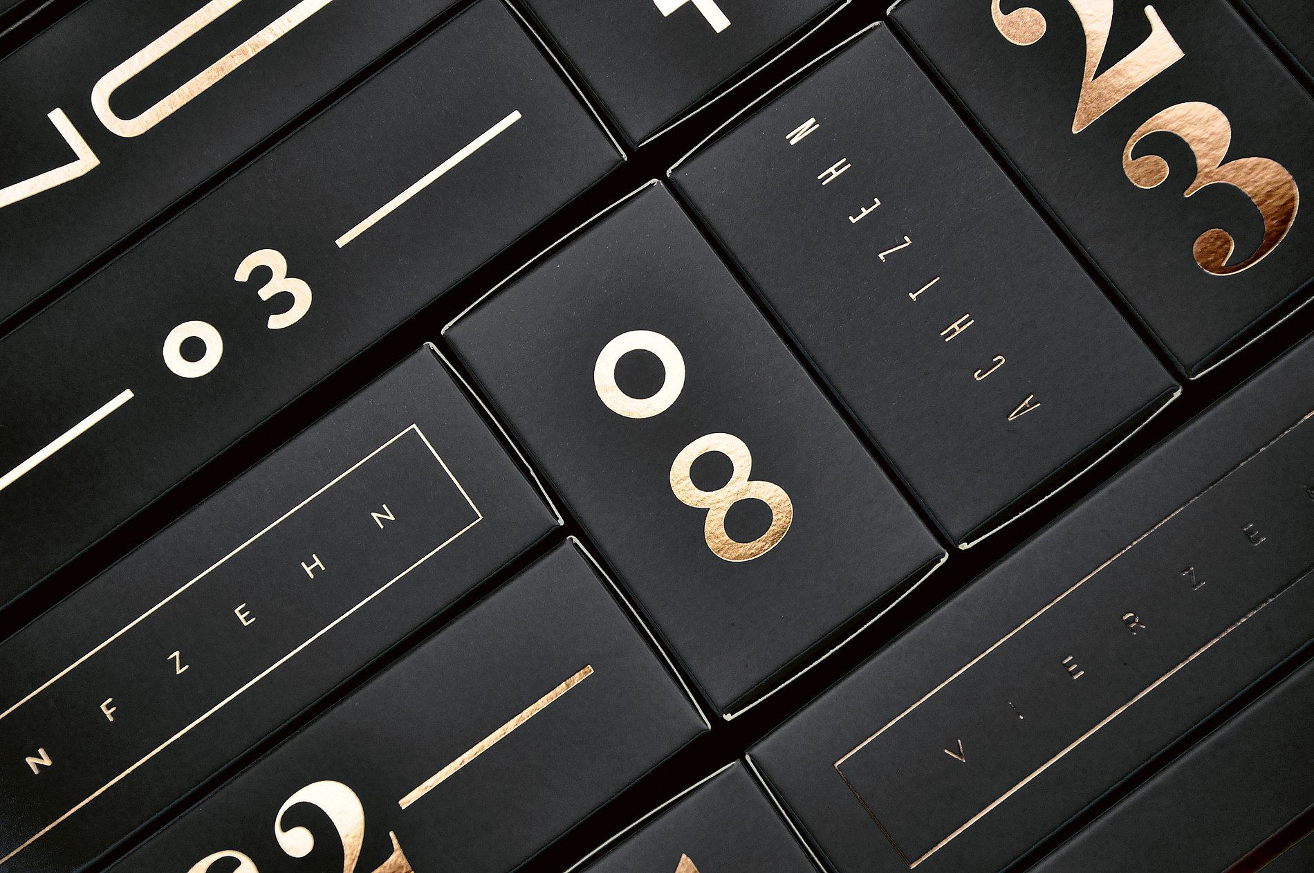 Typographic Advent Calendar | Red Dot Design Award