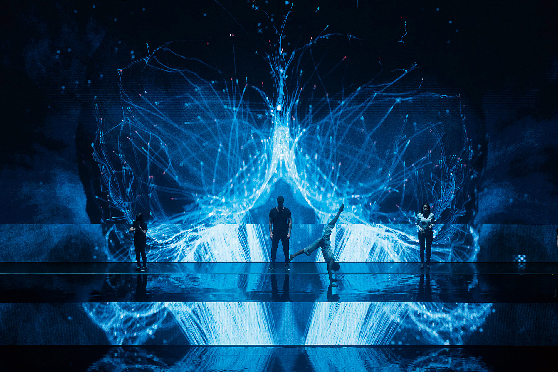 Technology Summit 2019 Opening Performance   Red Dot Design Award