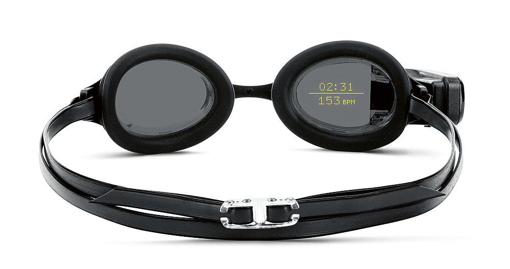 FORM Smart Swim Goggles | Red Dot Design Award